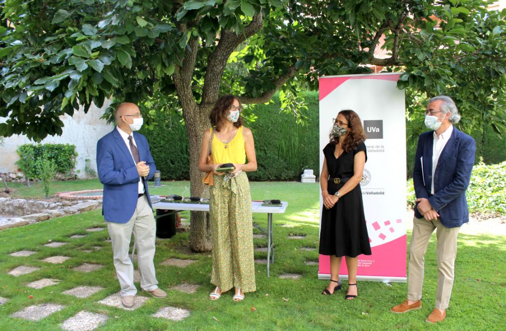 Enrique Baeyens, Sonia González segundo premio Mejor Lema y Elena Villarejo.