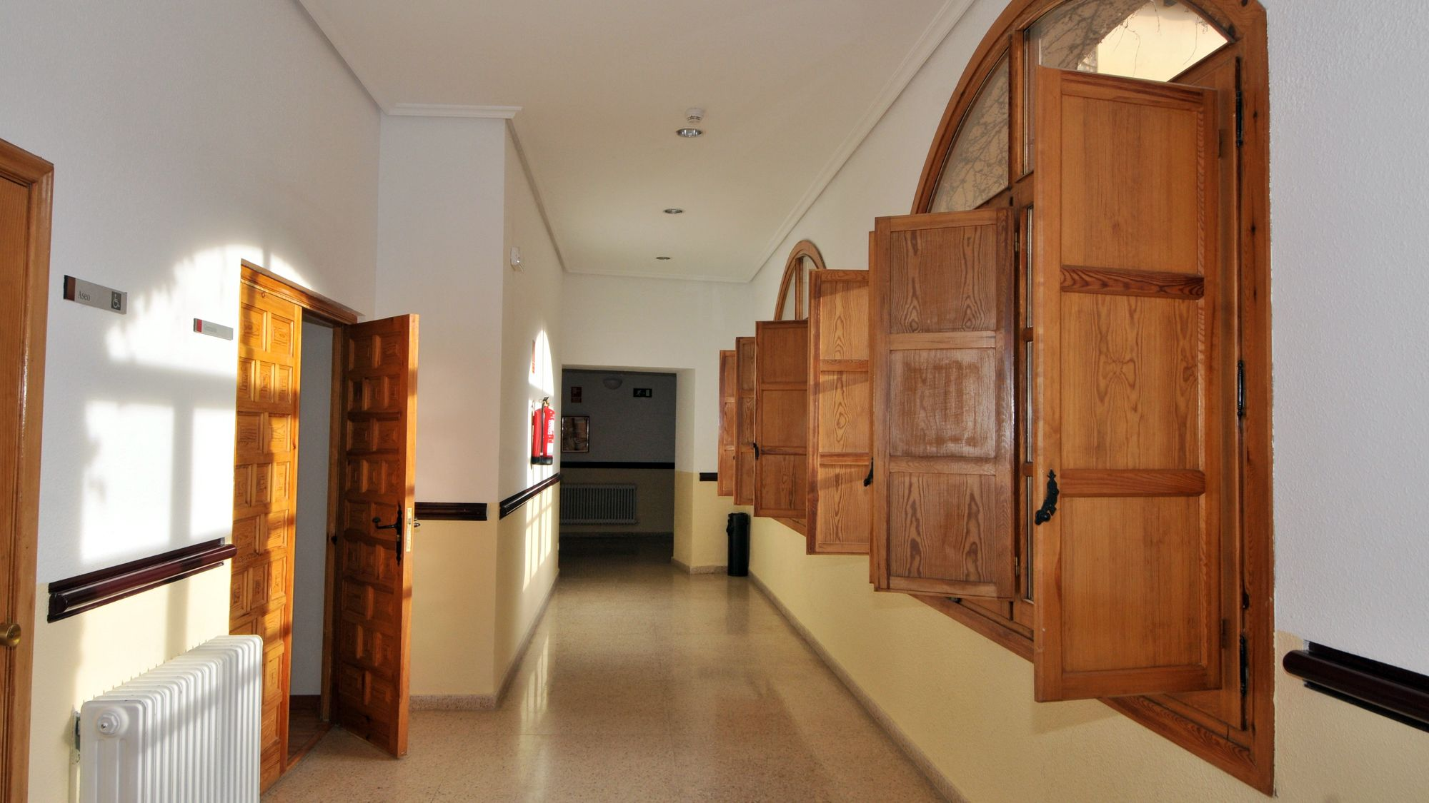 https://funge.uva.es/wp-content/uploads/2020/12/Pasillo-Residencia-Duques-de-Soria-Universidad-de-Valladolid1.jpg