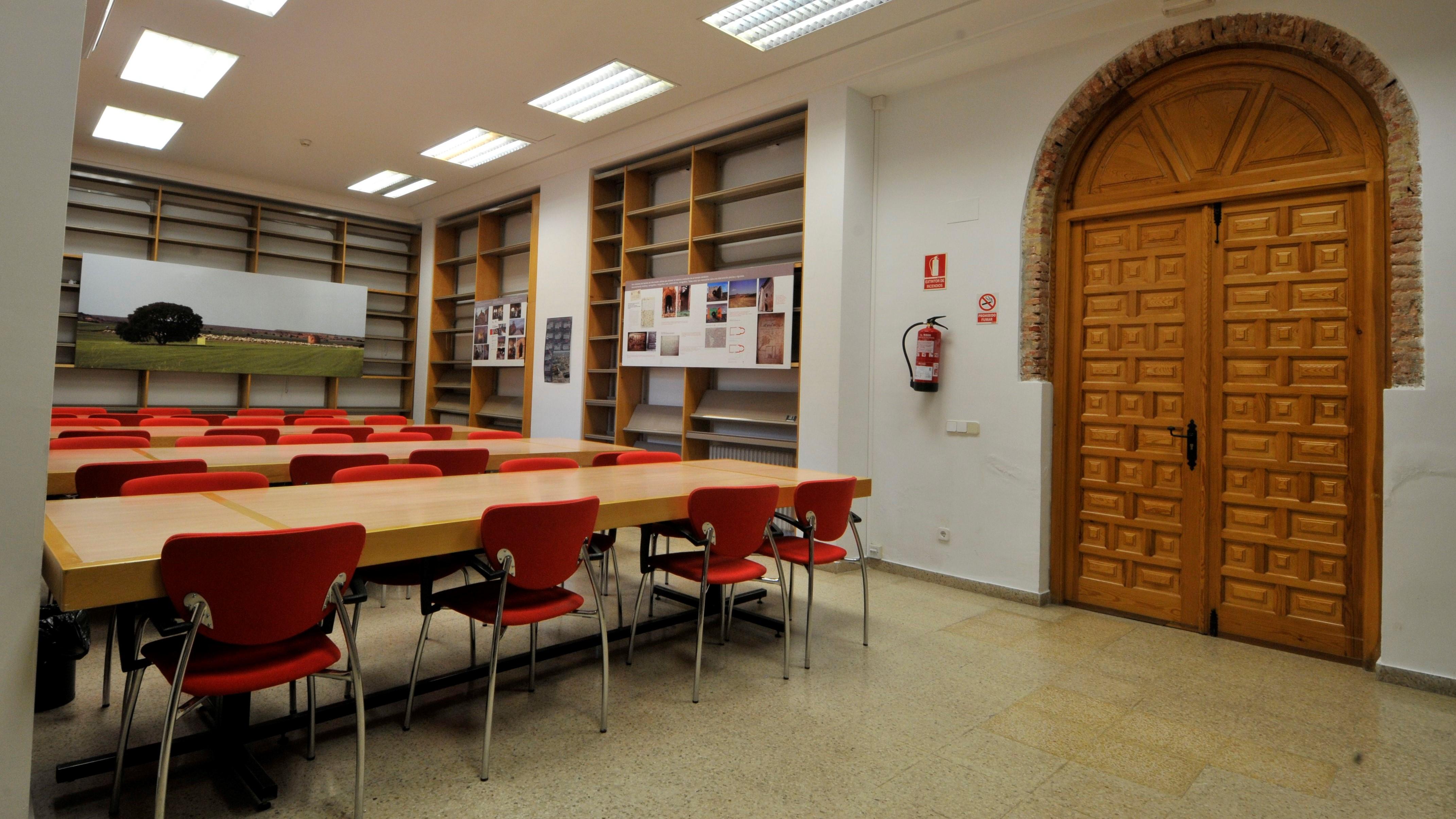 https://funge.uva.es/wp-content/uploads/2020/12/Sala-de-estudio-Residencia-Duques-de-Soria-Universidad-de-Valladolid1.jpg
